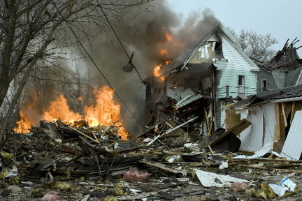 Gas not shut off outside house that exploded Monday on Cleveland's West Side